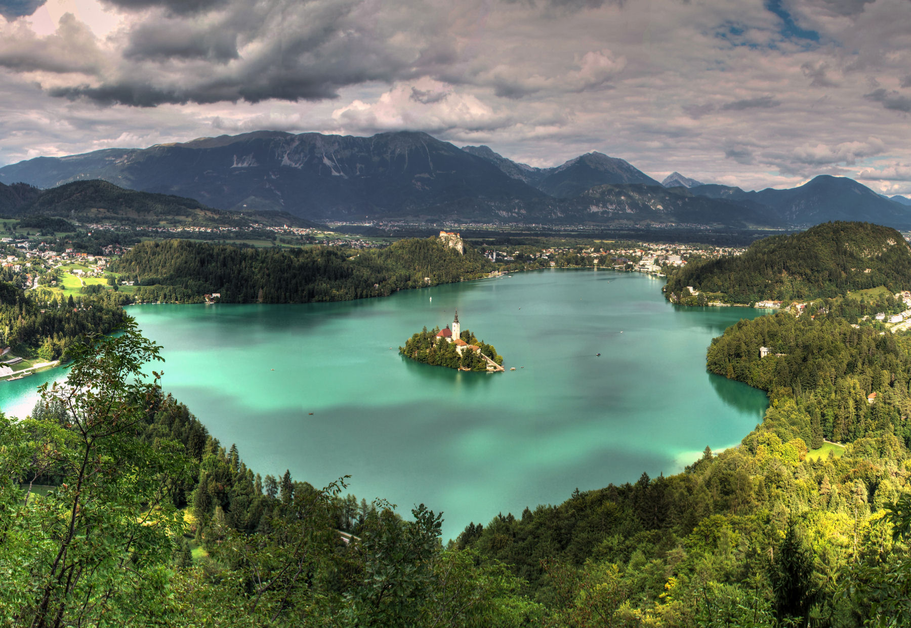 lake-bled-panoramic-view-cropped.jpg